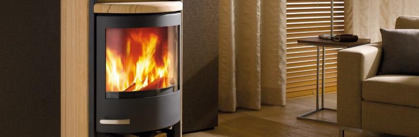 Chauffage au bois: réalisez des économies d'énergie tout en embellissant votre salon