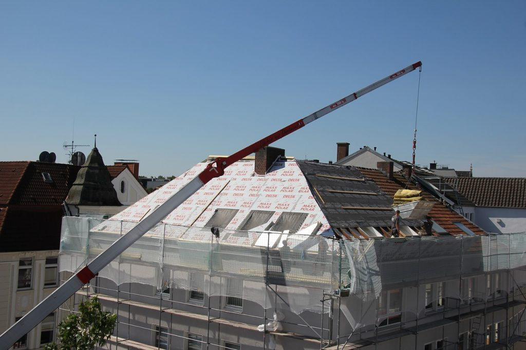 Quid des démarches administratives pour les travaux de rénovation de toiture?