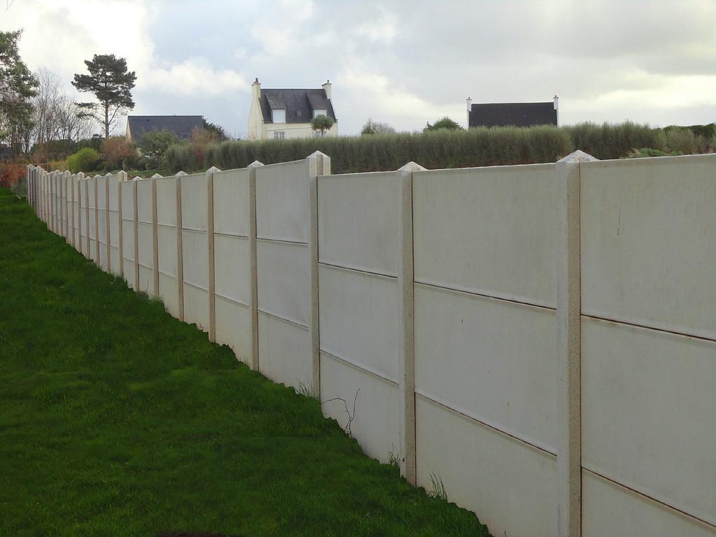 Prix D Un Mur De Cloture En Plaque De Beton aménagement extérieur, privilégier la clôture en béton