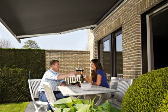 Comment se protéger du soleil dans son jardin en été ?
