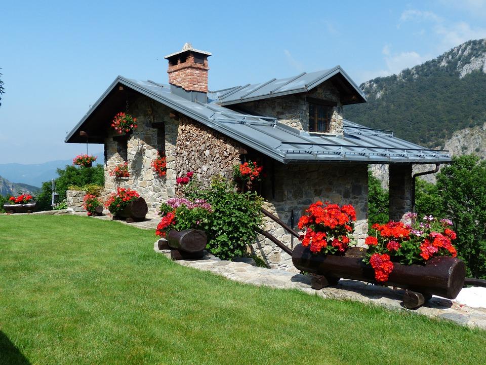 Nos conseils pour rénover une maison en pierre