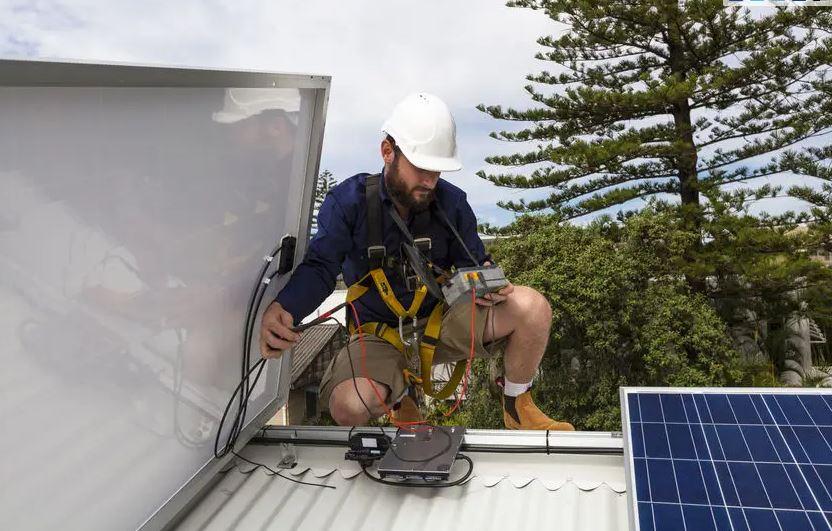 Contacter un installateur de panneaux photovoltaïques à Marrakech