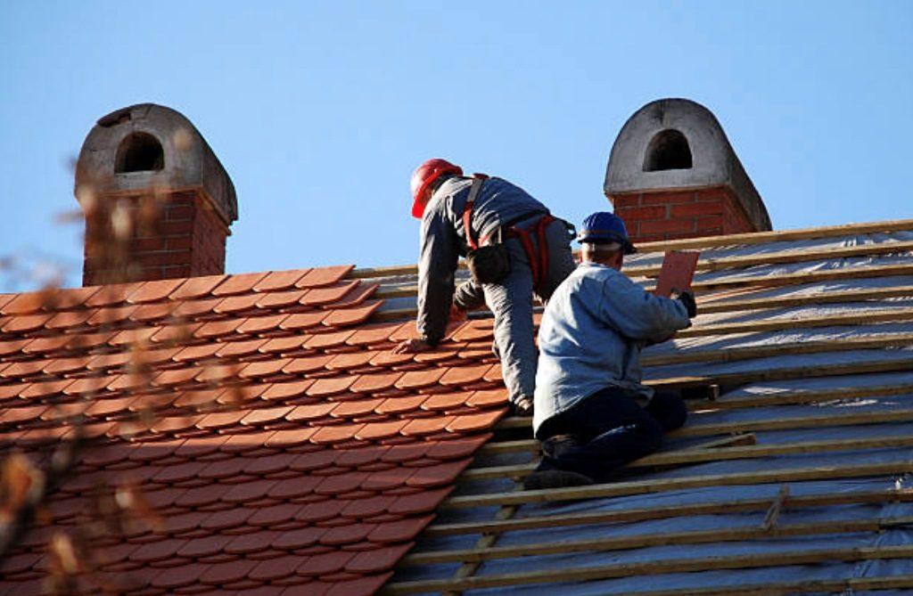 Quels sont les principaux points à vérifier dans le cadre d'une rénovation de toiture ?
