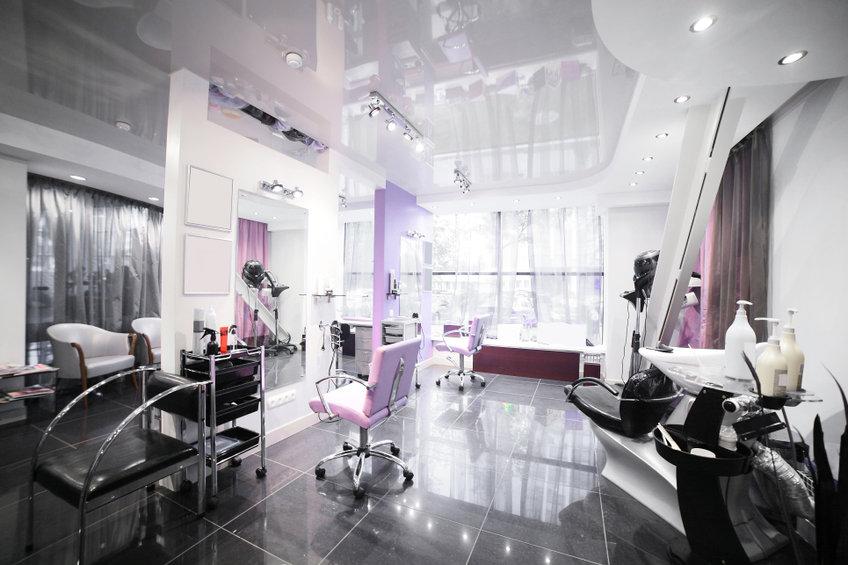 Choisir du matériel de coiffure esthétique et tendance
